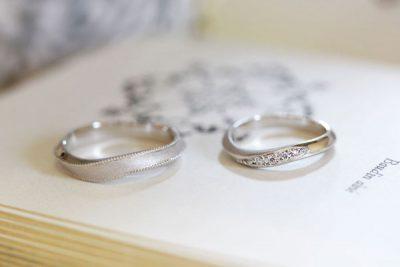 ミルうちウェーブ×ブラックダイヤの結婚指輪(稲垣様オーダーメイド)