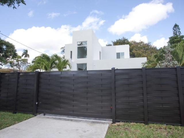 https://i2.wp.com/liucondevelopment.com/wp-content/uploads/2017/projects/complete/3535-frow-coconut-grove-2/3535-frow-IMG_1266.jpg?resize=640%2C480