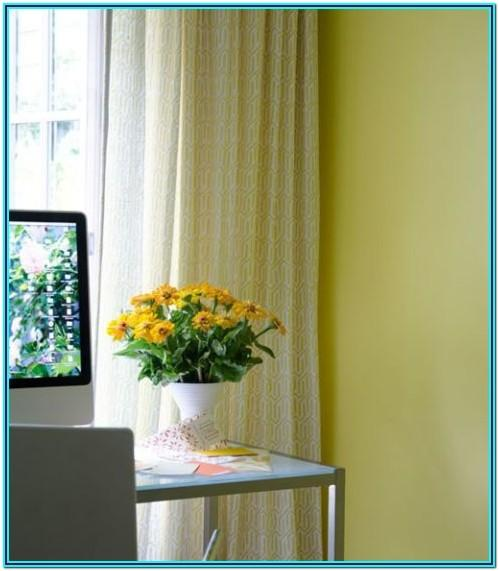 bold paint colors for small spaces