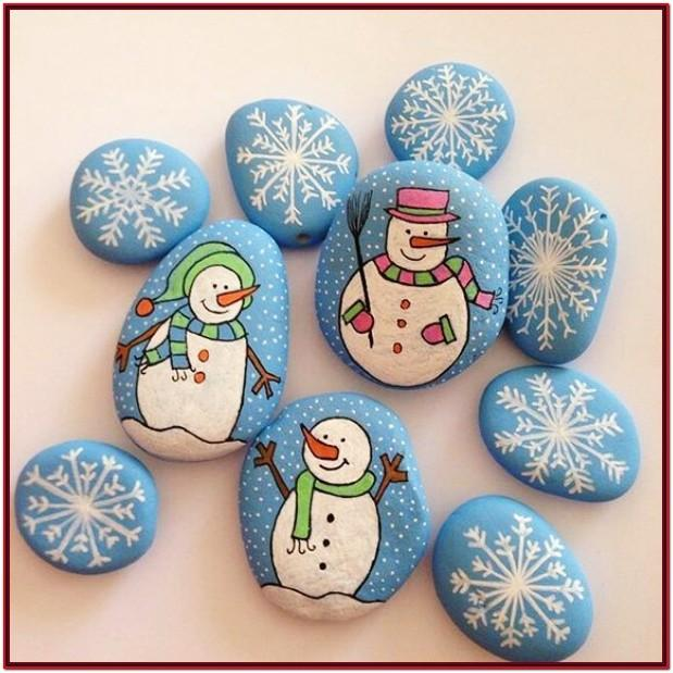 Easy Christmas Rock Painting Ideas