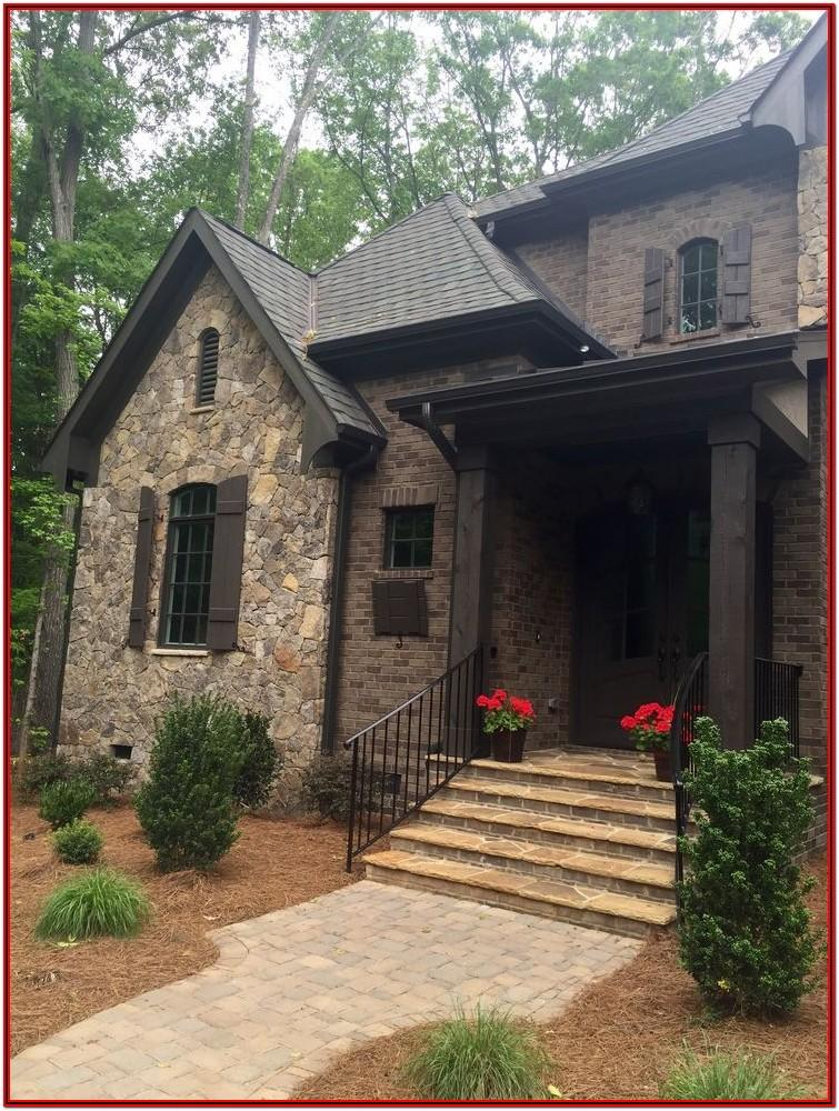 exterior paint colors that go with brown brick