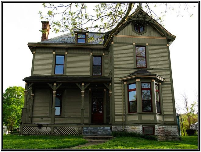 Traditional Victorian Exterior House Colors