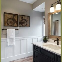 Wainscoting Bathroom Paint Ideas