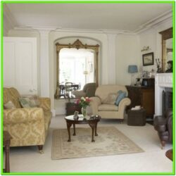 Decorating Living Room With Antique Furniture