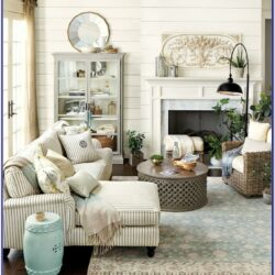 Farmhouse Living Room Decor