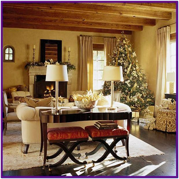 Holiday Living Room Decoration Ideas