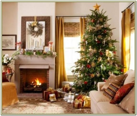 Image Of Living Room With Xmas Decorations