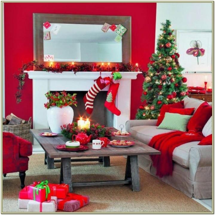 Inexpensive Living Room Christmas Decoration Ideas