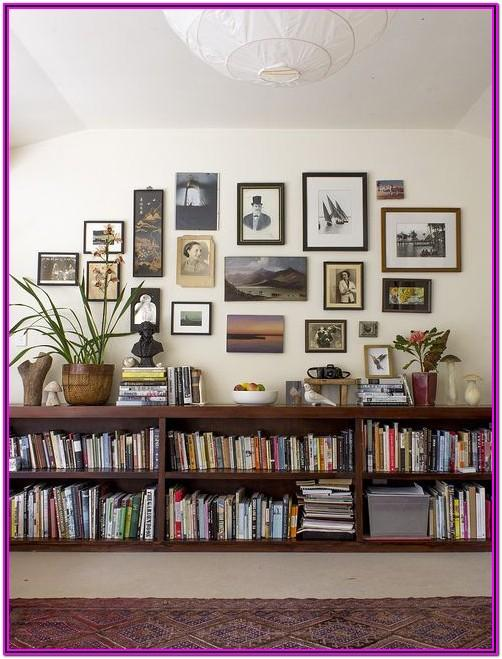 Living Room Bookshelf Decor