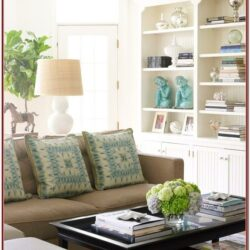 Living Room Decor In Turquois And Brown