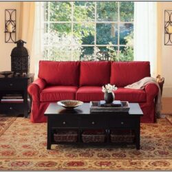 Living Room Decor With Red Couches