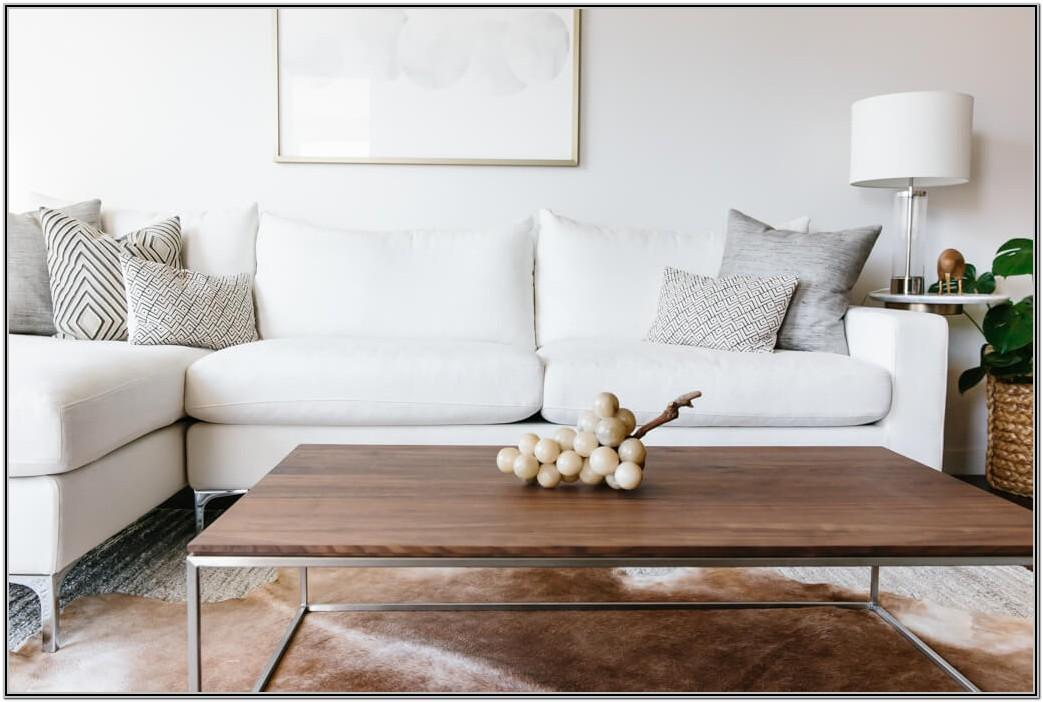Minimalist White Living Room Decor