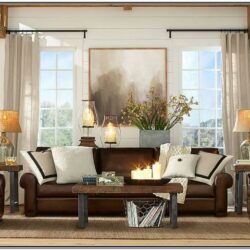 Modern Living Room Decor With Brown Furniture