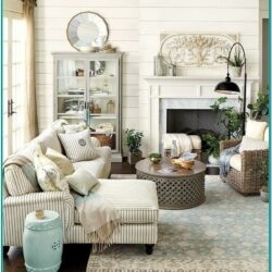 Farmhouse Small Living Room Decorating Ideas