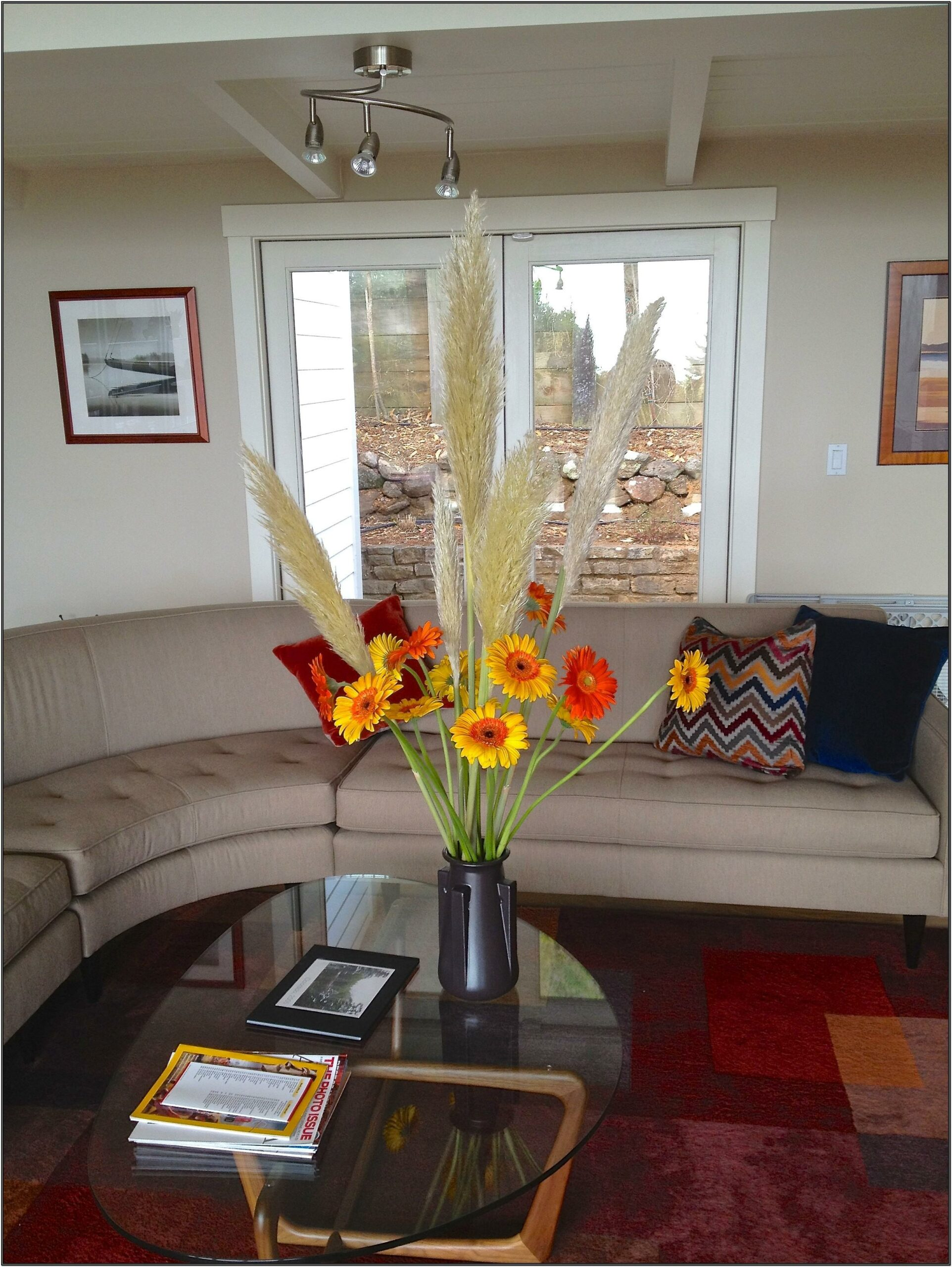 Flower Vase Ideas For Living Room
