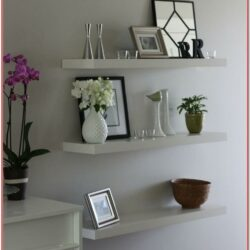Living Room Decoration Ideas For Shelves