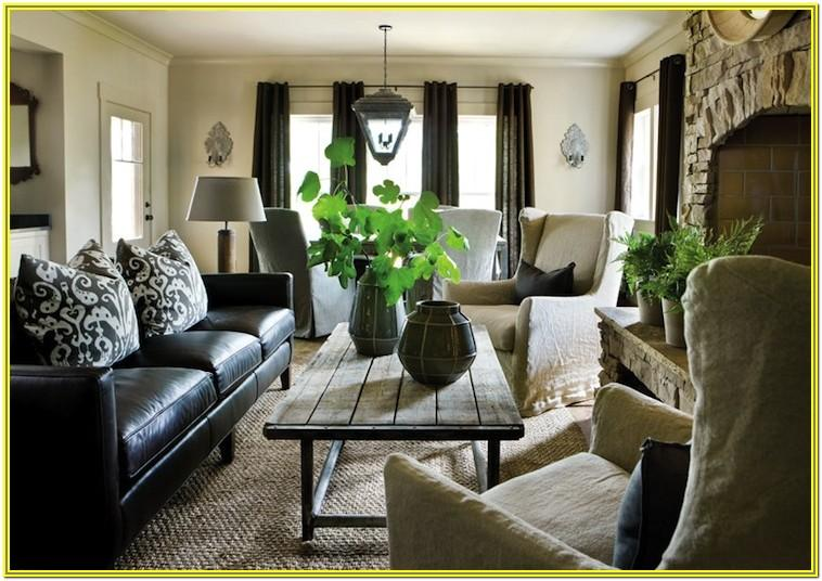 Living Room Decoration With Black Furniture