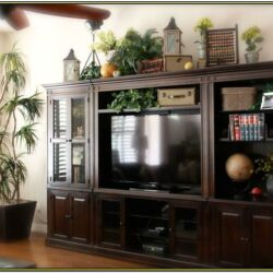 Living Room Entertainment Center Decor