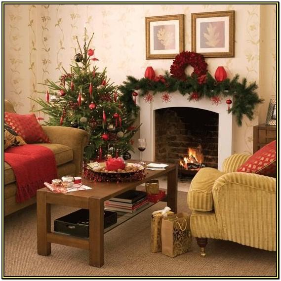 Living Room Holiday Decorating Ideas