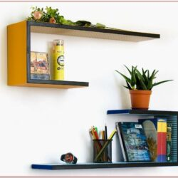 Living Room Pot Shelf Decorating Ideas