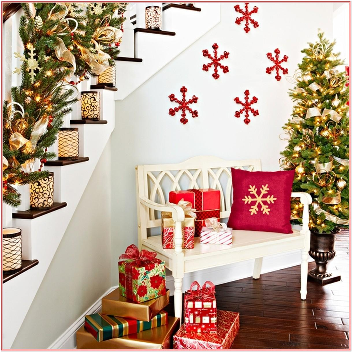 Living Room Simple Indoor Christmas Decorations Ideas