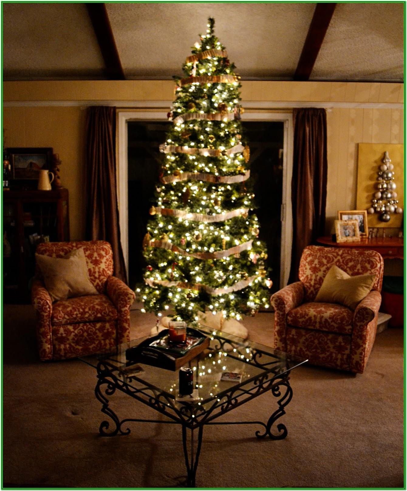 Living Room Table Christmas Decor