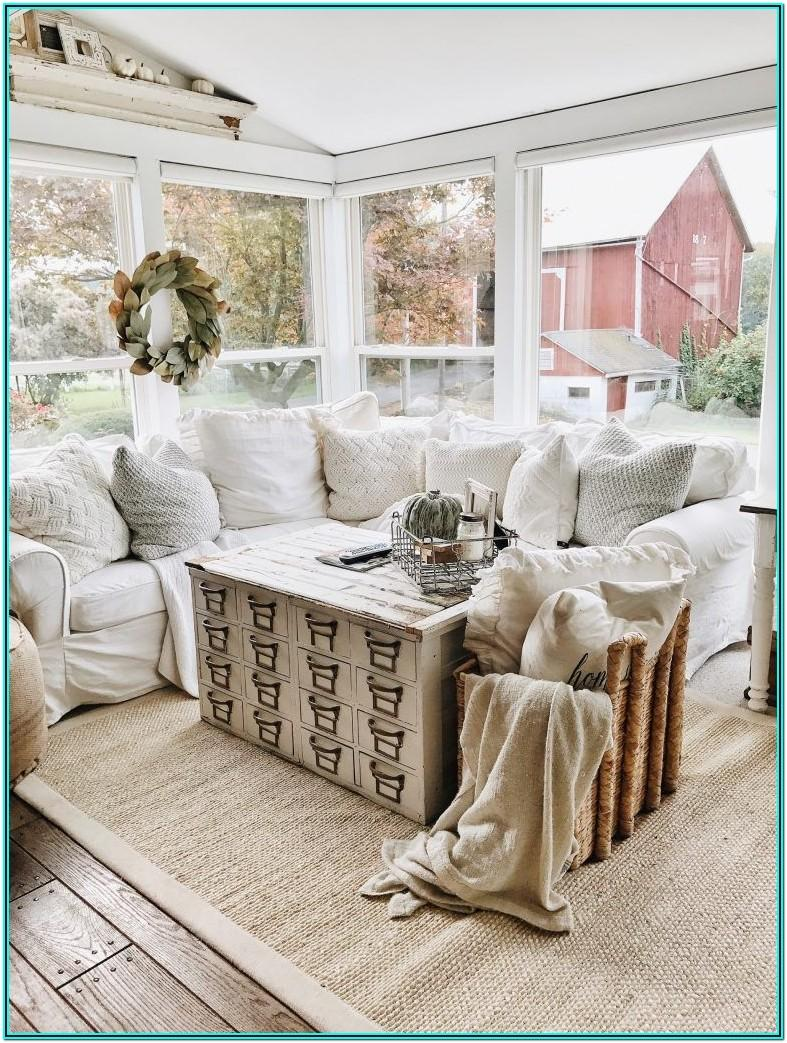 Living Room Vintage Farmhouse Decorating Ideas