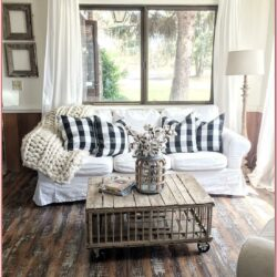 Rustic Farm Living Room Decor 1