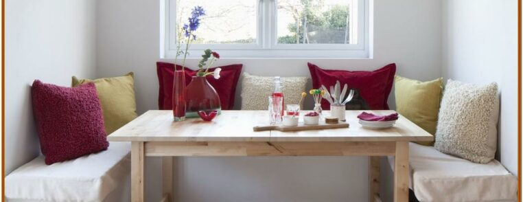 Small Living And Dining Room Decore