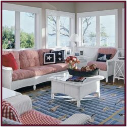 Beachy Living Room Design Idea
