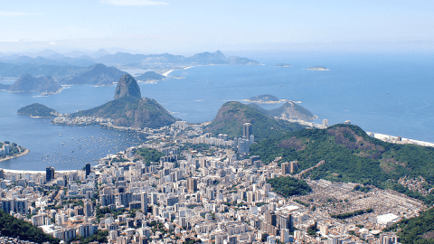 Vacation Cheat Sheet: 17 Brazilian Portuguese Phrases You Need To Know