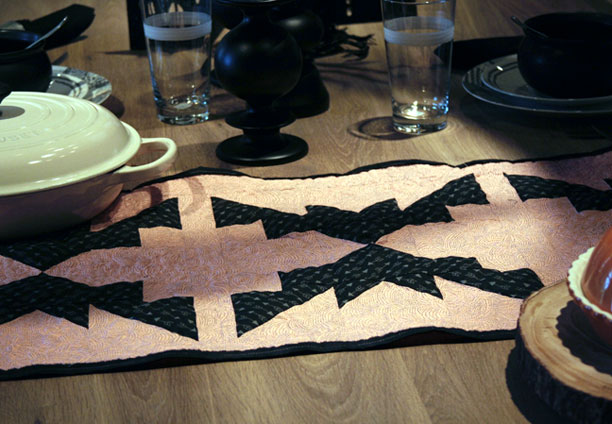 bat table runner on table