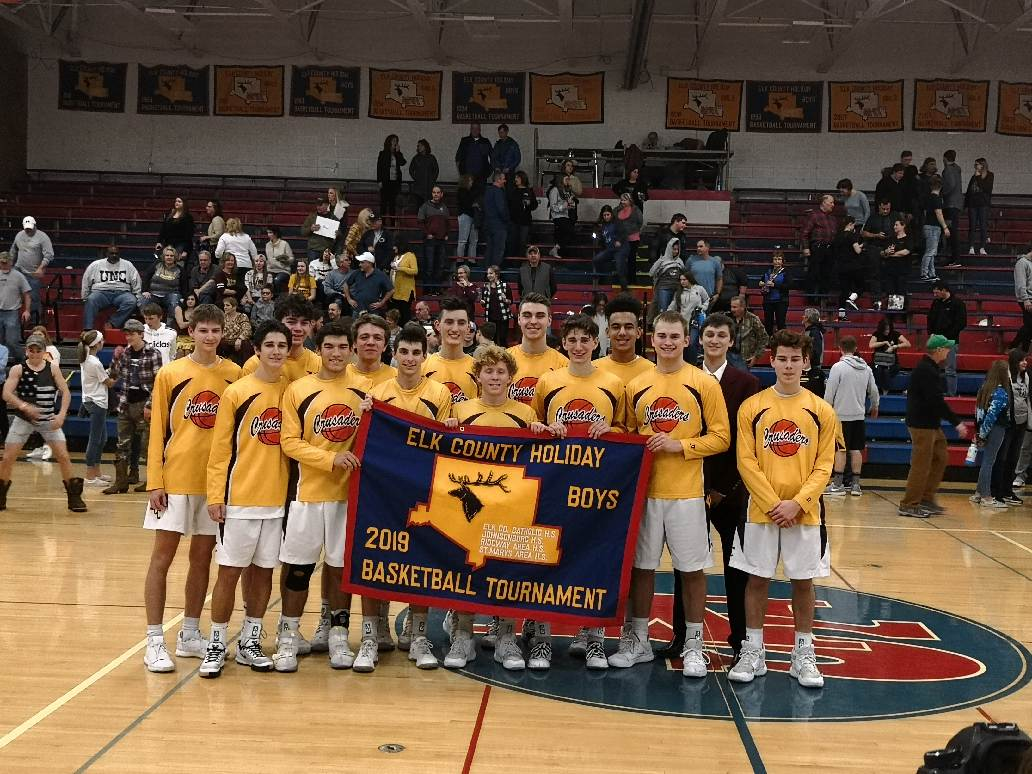 Congratulations Boys Basketball on Holiday Tournament Title!