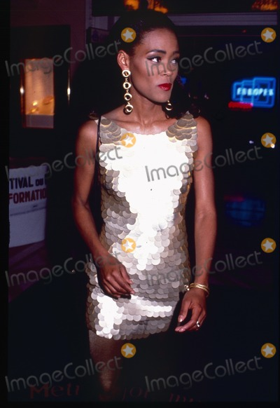 Photos And Pictures London UK LIBRARY Robin Givens In