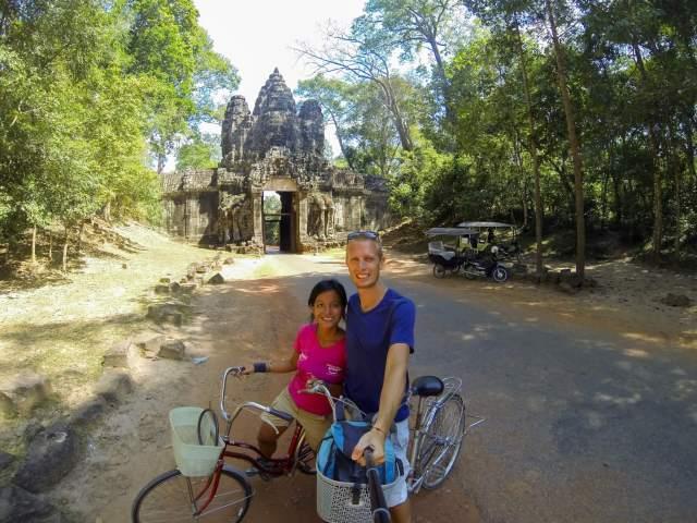 a vélo sur les temples d'angkor