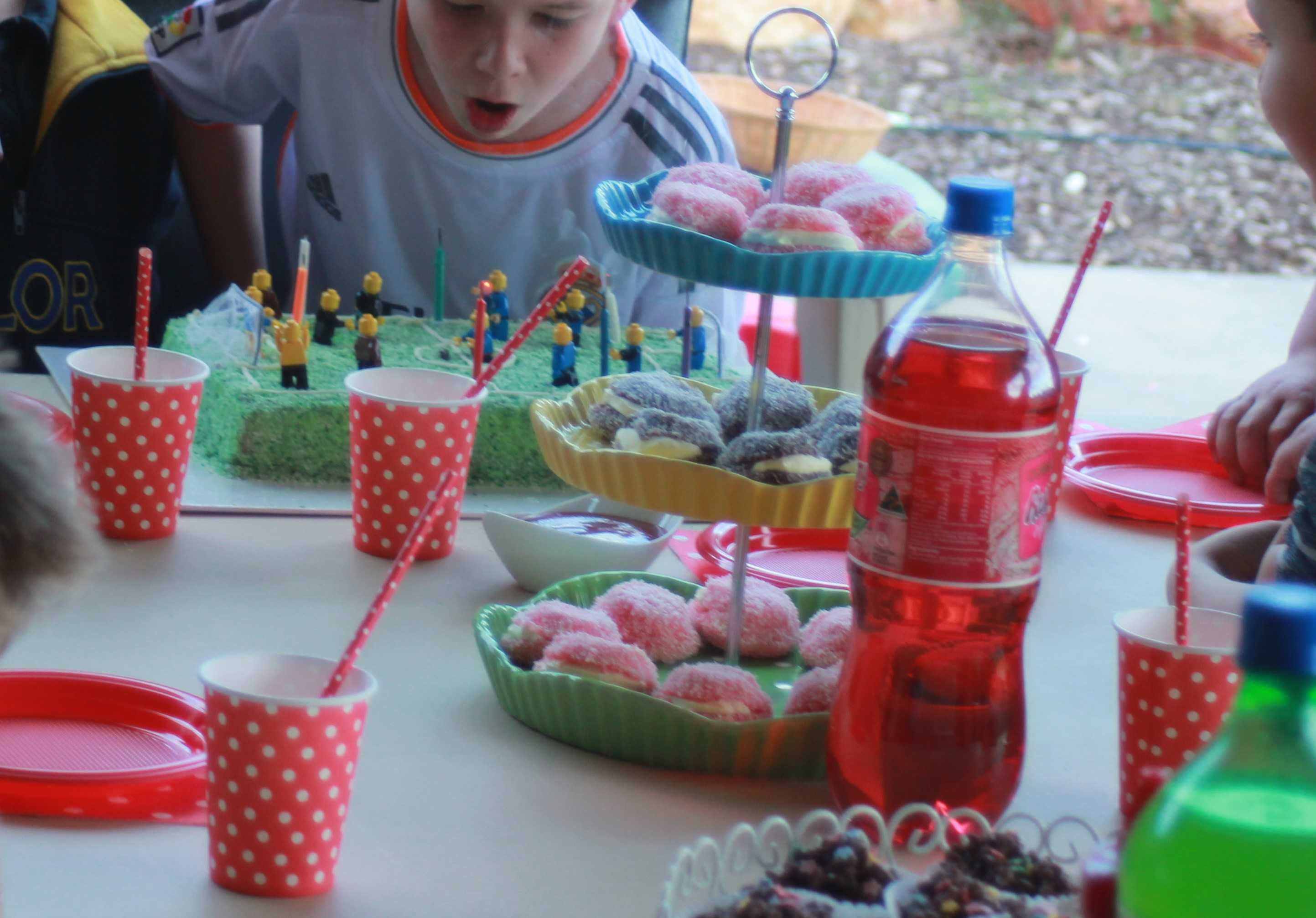 Coronavirus Social Distancing And Celebrating Your Child S Birthday Without A Party Abc News