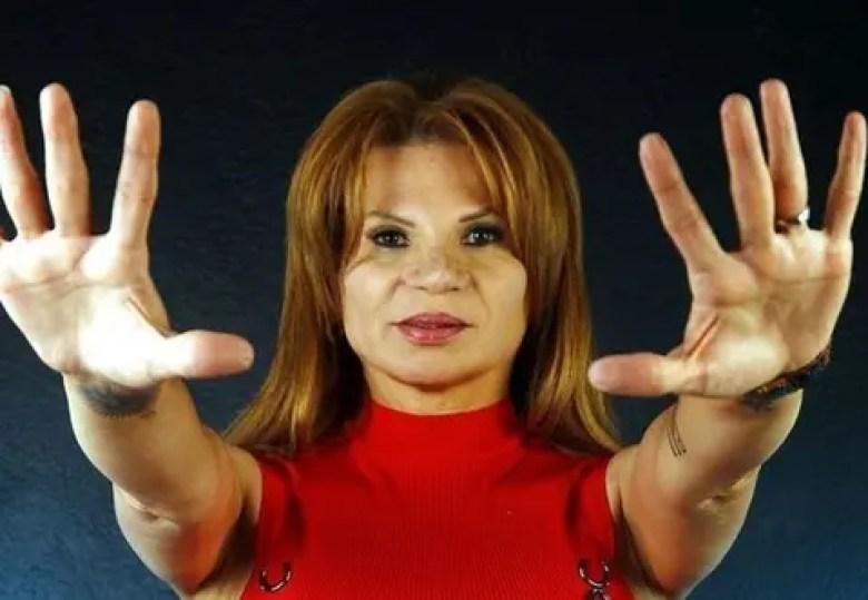 Cancún | Mhoni Vidente predice que caerá meteorito en la Península ...