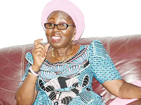 The Wife of Ondo State Governor, Mrs Betty Akeredolu, on Saturday received many new persons who pledged allegiance to the All Progressives Congress (APC), in Oniparaga Ward 9 in Odigbo local government area of the state. The new members, who hitherto belonged to six political parties, according to the governor's wife will boost the re-election […]
