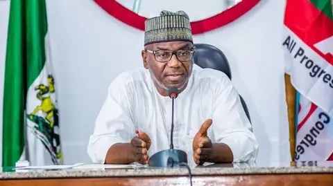 Gov. AbdulRahman AbdulRazaq of Kwara says his administration is committed to making the budgetary preparation process less elitist and more participatory. AbdulRazaq said this on Tuesday in Ilorin at the inauguration of a three-phased citizens' engagement session on 2021 budget. He said while the contents of the budget would accommodate people's expectations from the government, […]