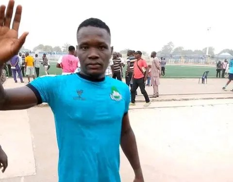 The Nasarawa United Football Club has retired the jersey number of its late player, Chineme Martins, who died in March while playing for the club. Isaac Danladi, Chairman of the club, told newsmen in Lafia on Thursday that the jersey would be rested for the 2020/2021 season. The News Agency of Nigeria reports that Martins, […]
