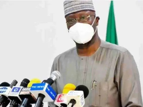 The Federal Government has extended the second phase of the eased lockdown by four weeks to help curb the spread of the Coronavirus disease (COVID-19) in the country. The News Agency of Nigeria  reports that this is coming after the extension of the second phase by one week to accommodate the Sallah celebration. Speaking at […]