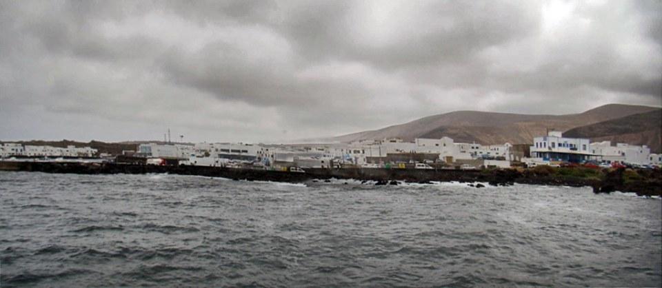 Caleta de Sebo travesia desde Orzola a isla de La Graciosa 15