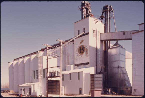 Burdick Elevator for Grain Storage at New Ulm, Minnesota the County Seat Trading Center Remains Predominately a Farming Community Although Its Growth Since 1950 Has Been Due to the Arrival of Manufacturing Firms...