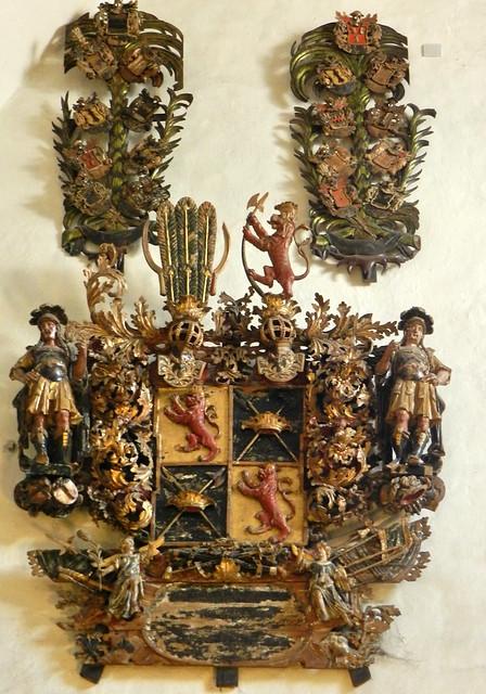 Escudo Heraldico Catedral Luterana de la Virgen Maria Tallin Estonia 02
