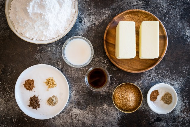 all the ingredients for the chai frosting