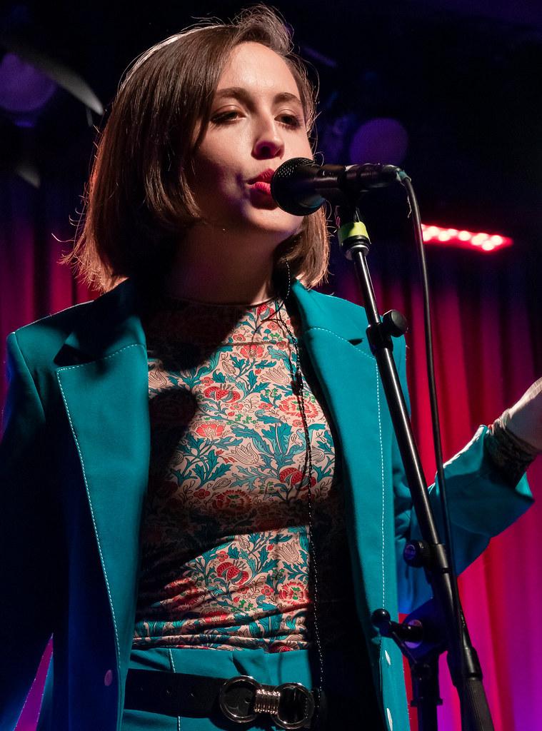 Alice Merton 05 10 2018 2 Alice Merton Performing Live