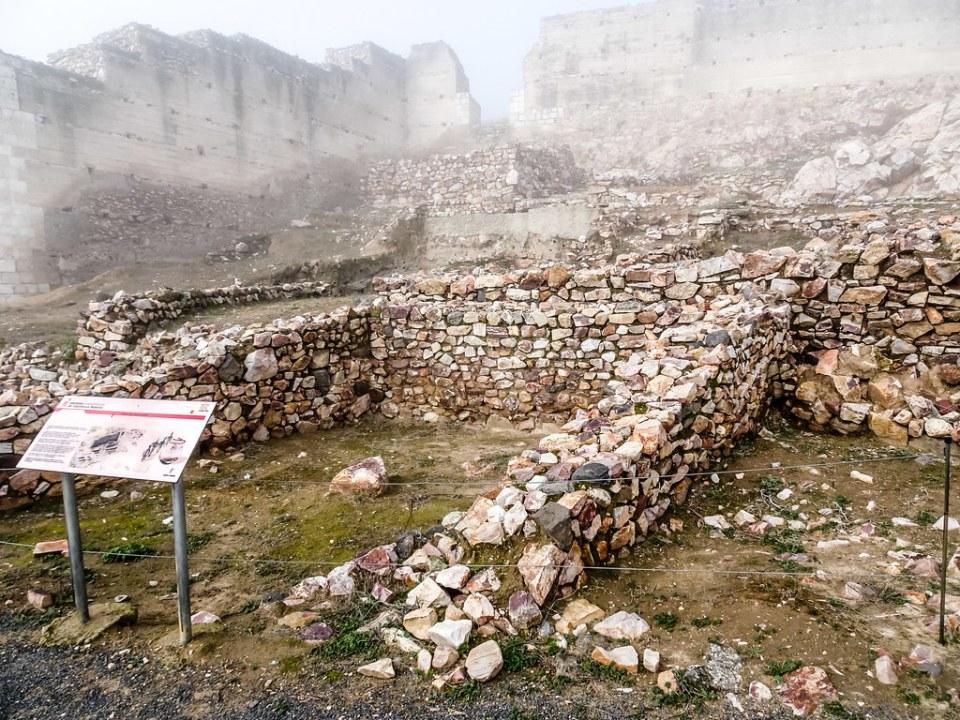 Muralla y Santuario Yacimiento Arqueologico de Alarcos Ciudad Real 03