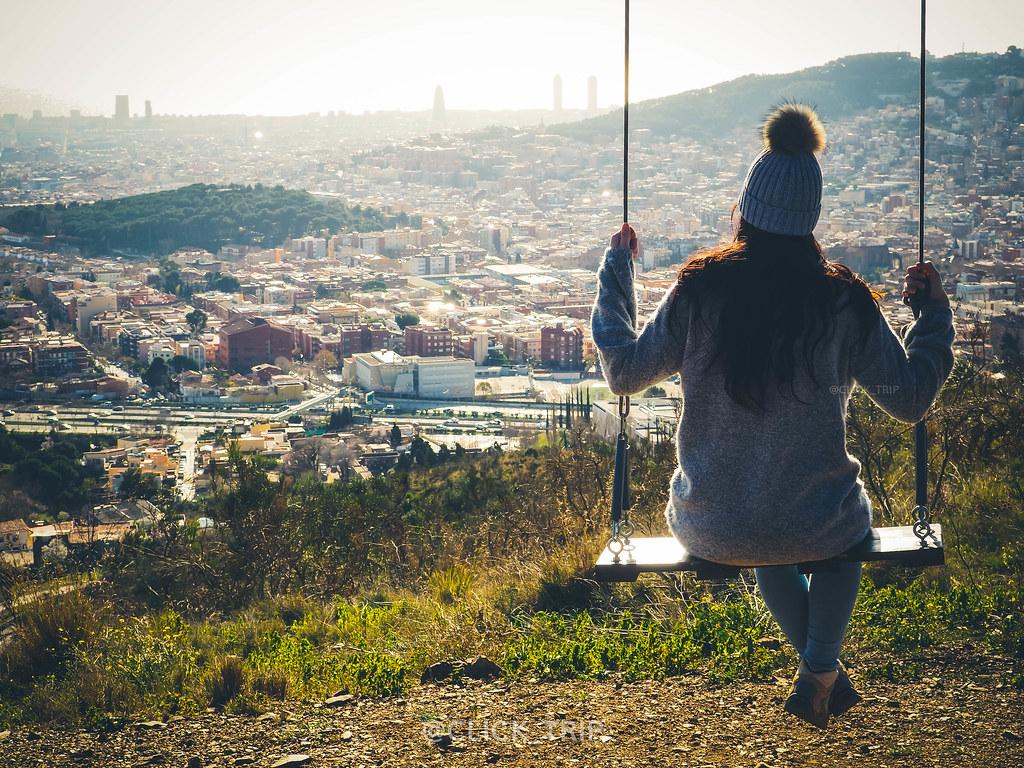 · Columpio con vistas a Barcelona · Columpio de Collserola ·