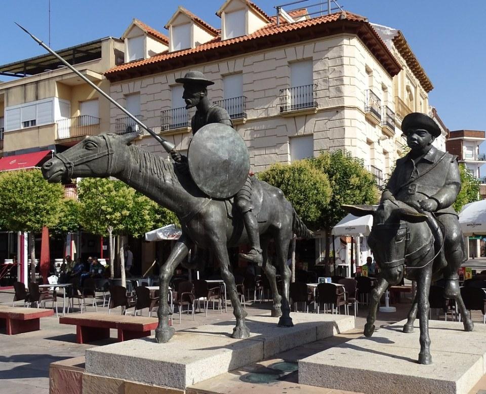 Escultura Don Quijote de la Mancha y Sancho Panza Alcazar de San Juan Ciudad Real