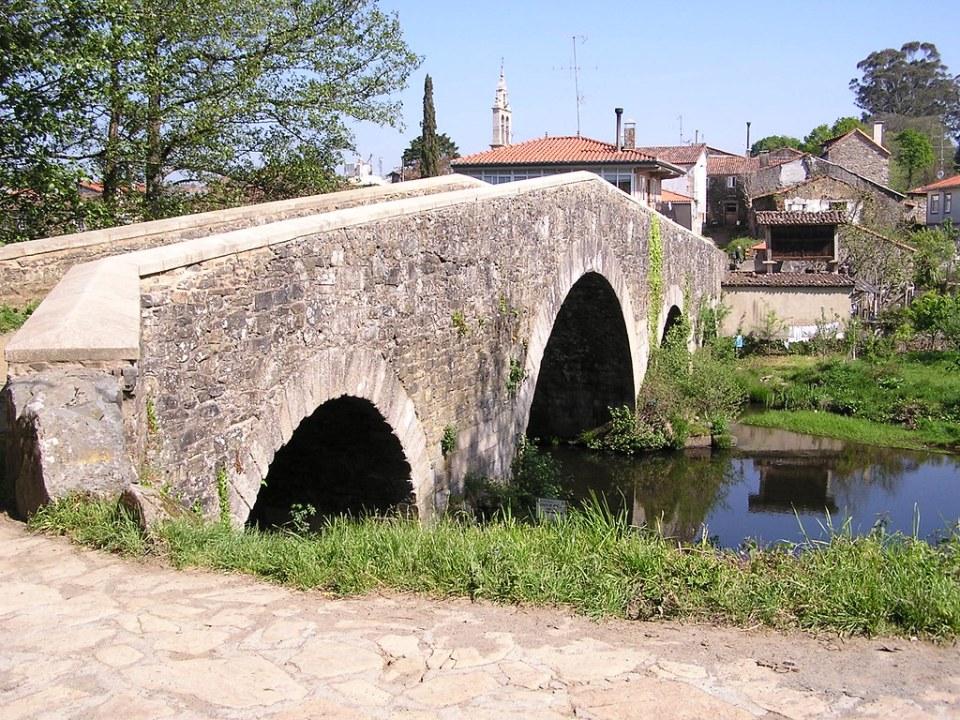 San Juan de Furelos Puente siglo XII - XVIII rio Furelos La Coruña 12